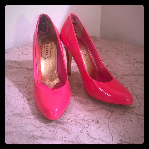 Ted Baker Shoes - Hot pink patent pumps